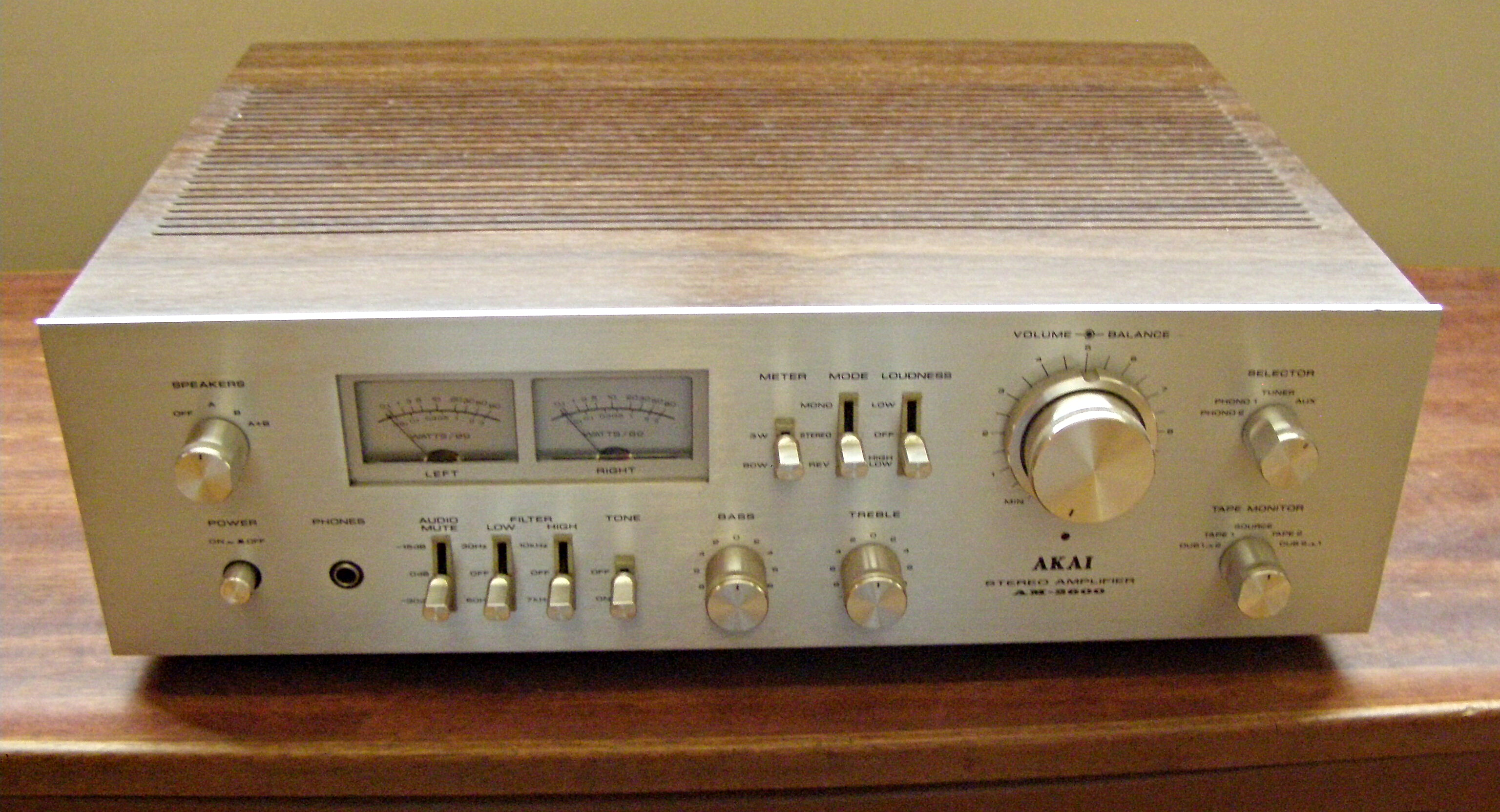 Vintage Integrated Amplifiers 111