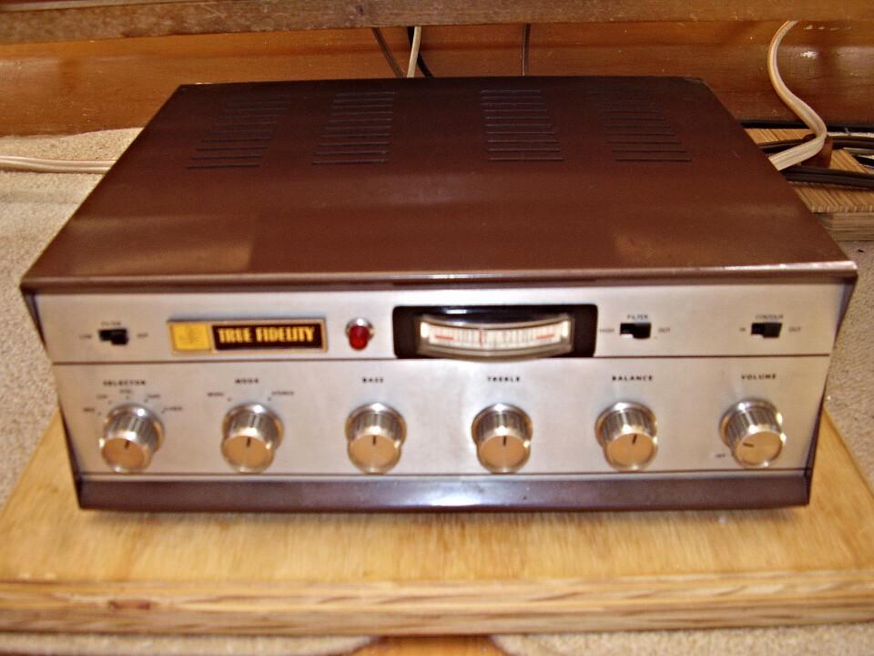Vintage Amplifiers - Vintage Audio World com