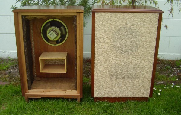 Onkyo solid timber speakers